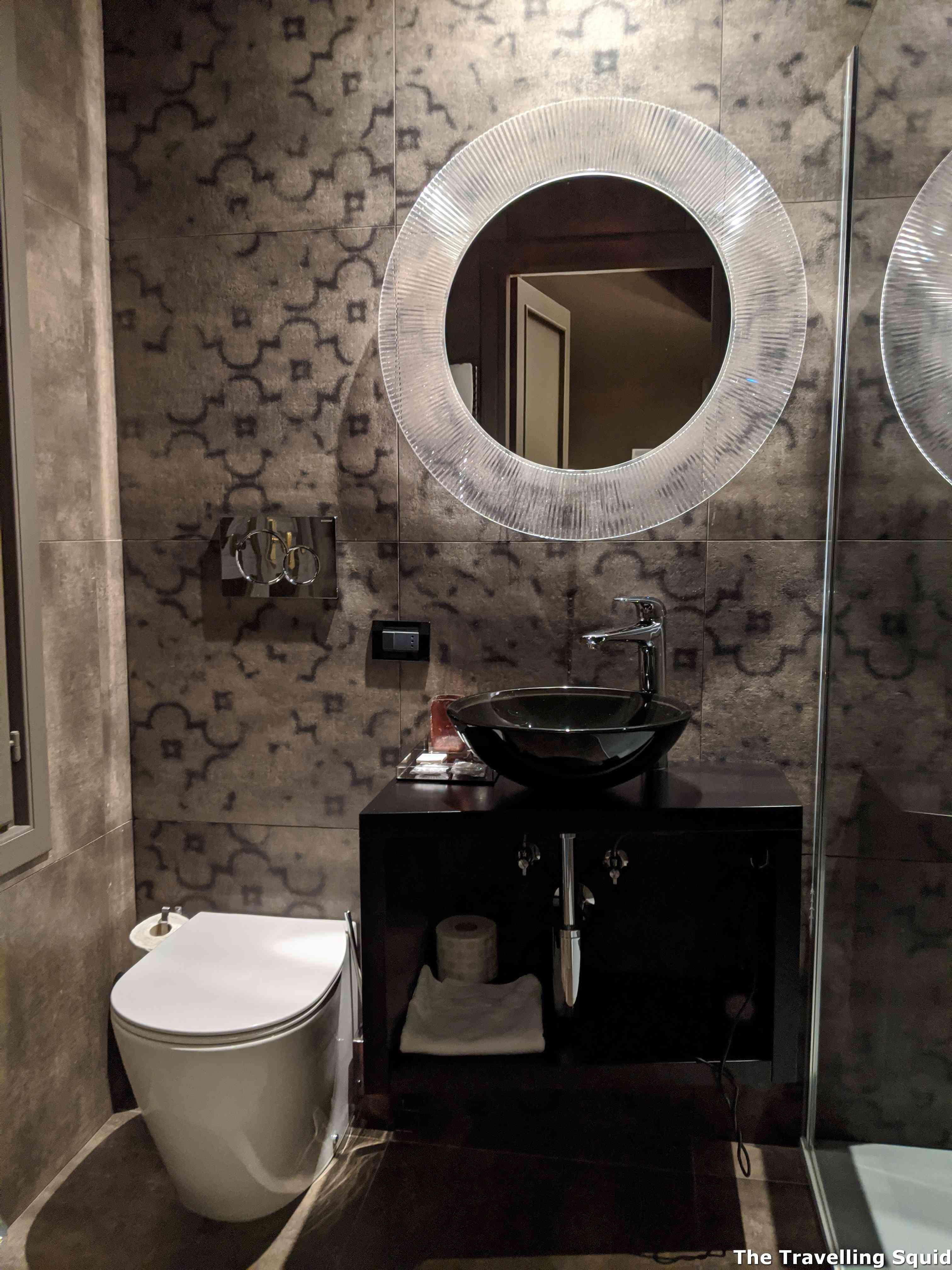toilet Hotel Riva Del Vin in Venice