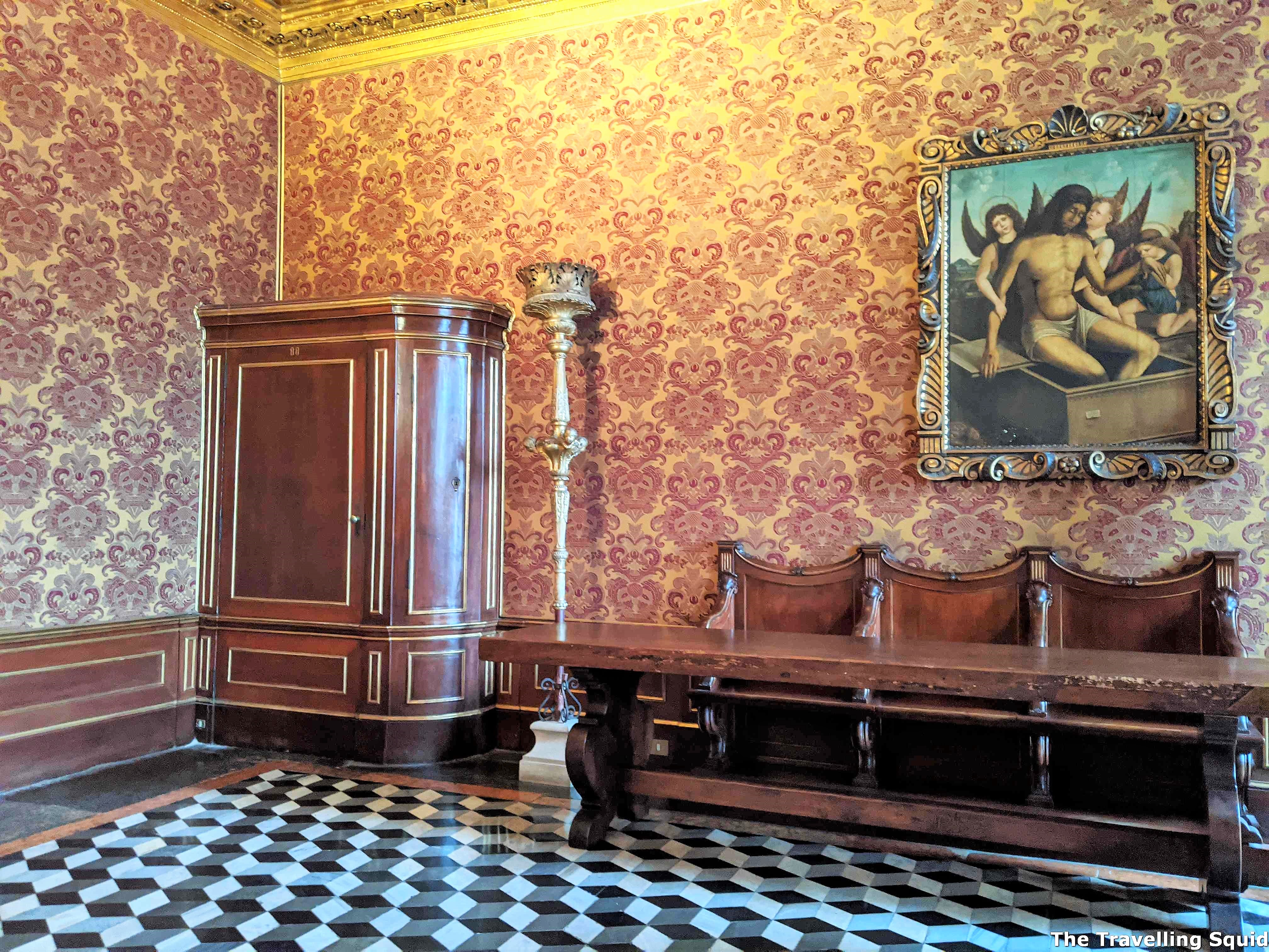 Secret Itineraries tour of the Doges Palace in Venice hidden door
