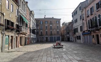 Why are there so many empty buildings in Venice?