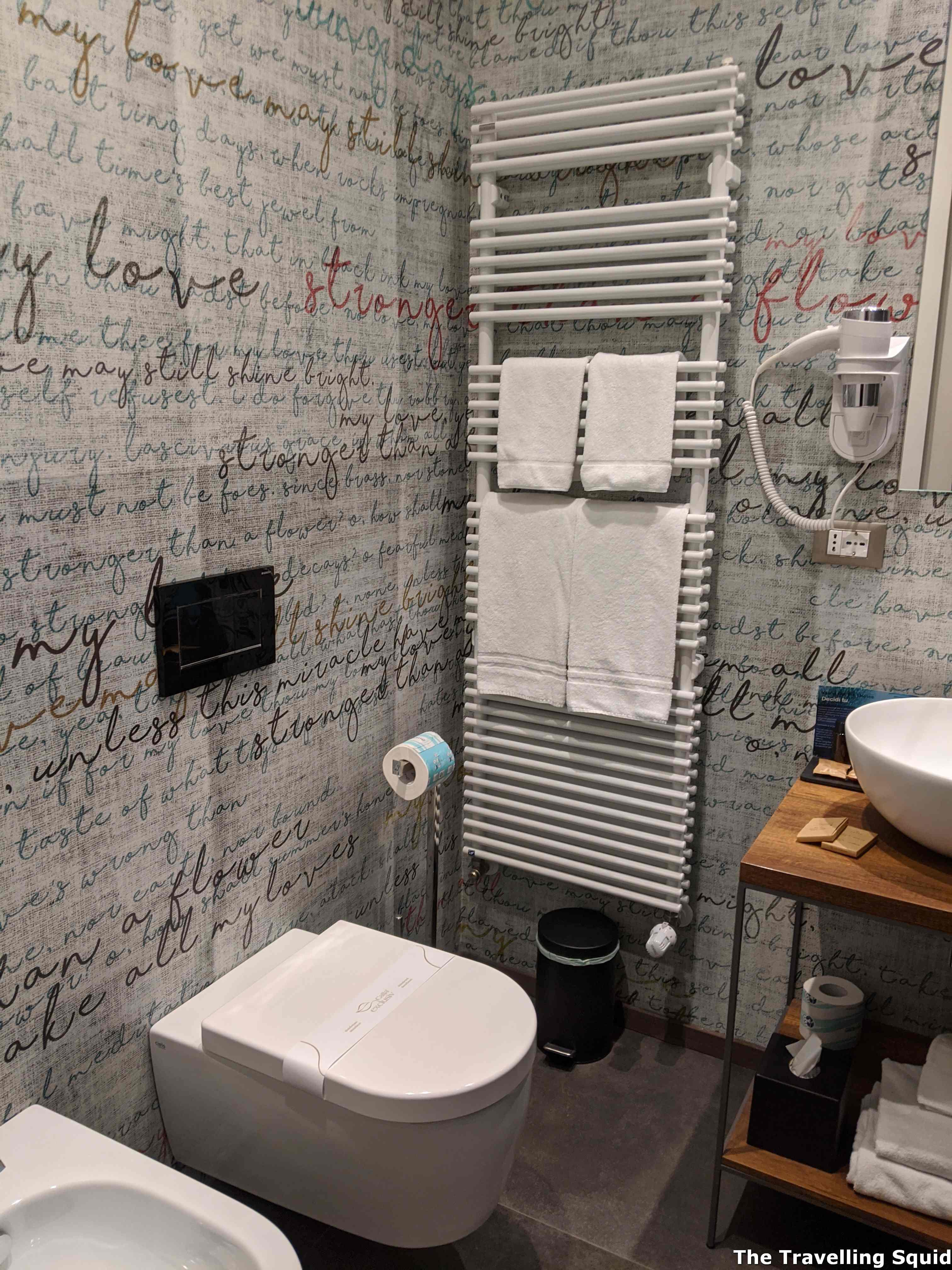 bathroom bathroom Stay at B&B The Attico in Florence