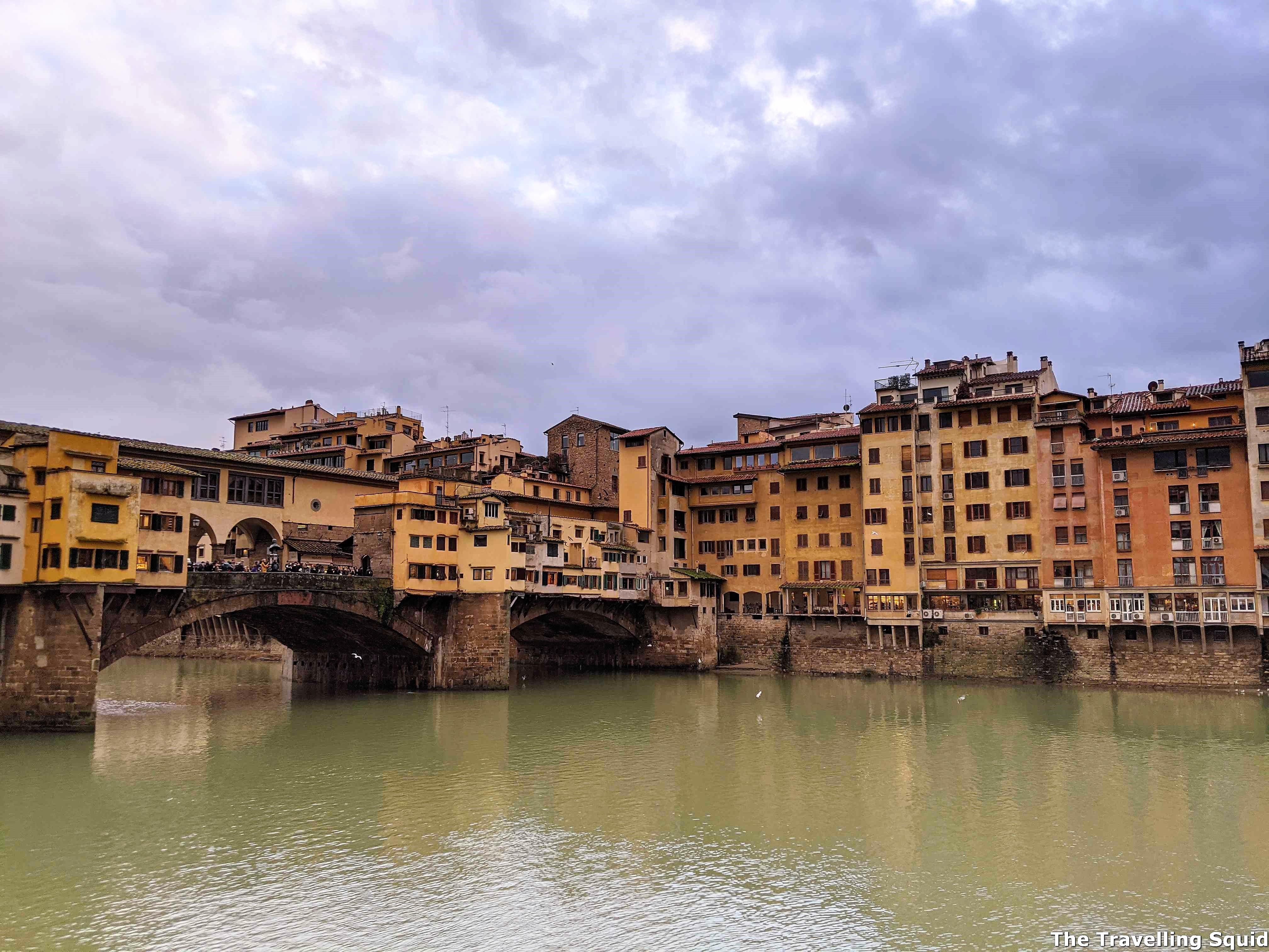 Ponte Vecchio arno river florence