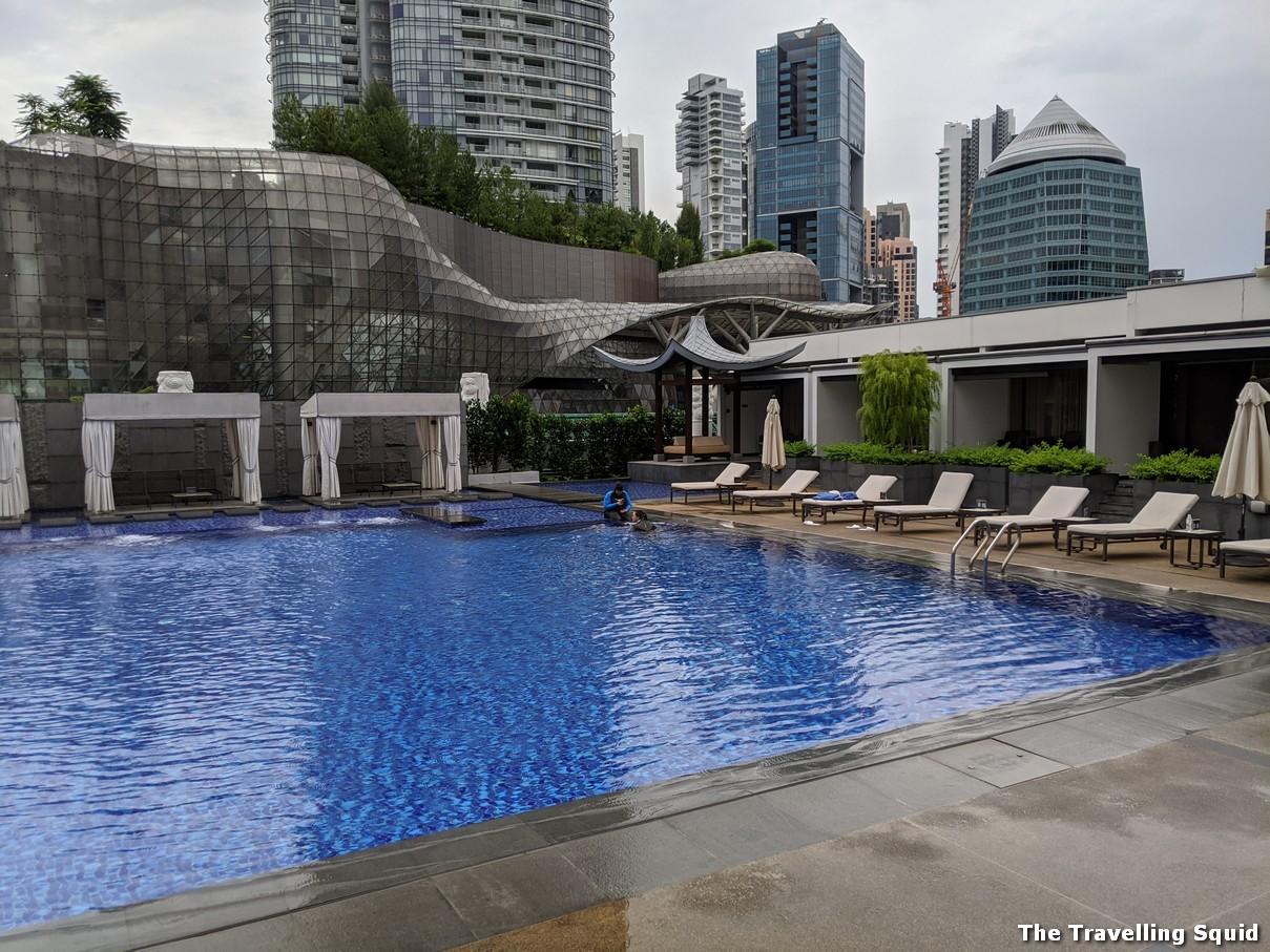 swimming pool tang marriott hotel singapore