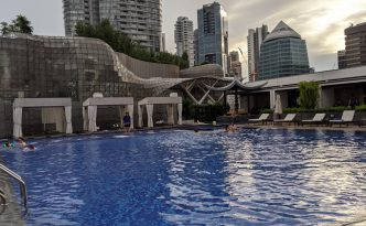 swimming pool tang marriott hotel singapore