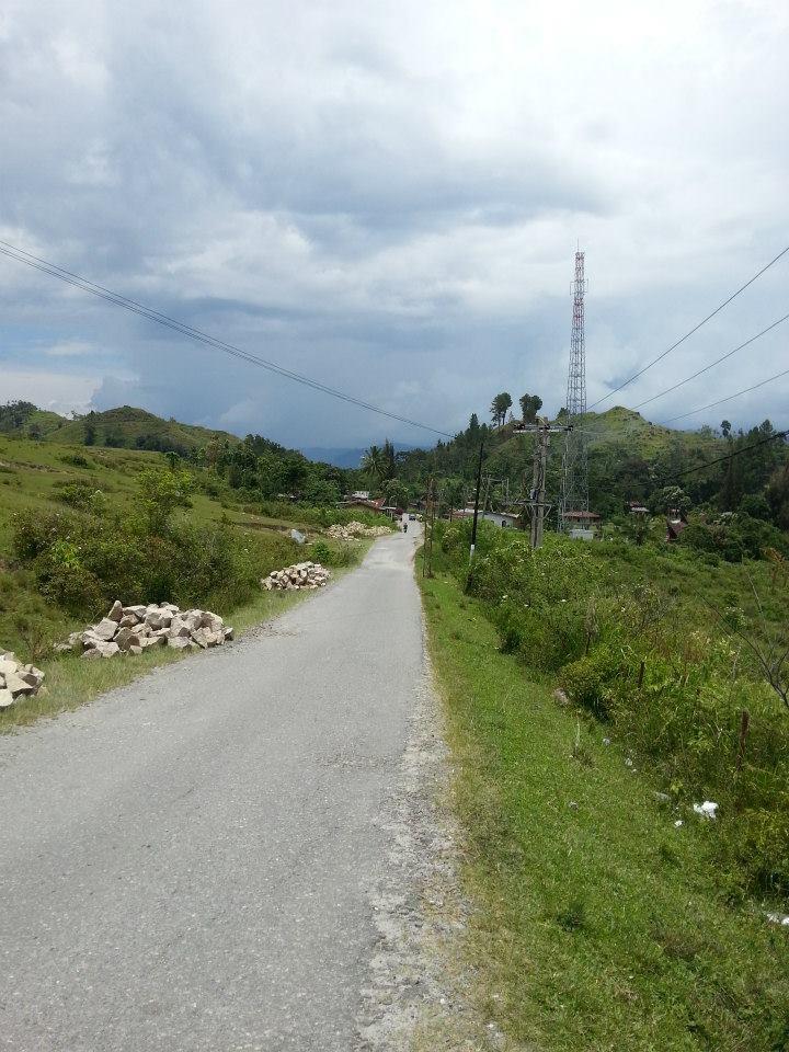 lake toba green path sumatra